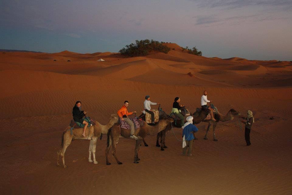 http://moroccotourtravel.com/wp-content/uploads/2016/11/caravane.jpg