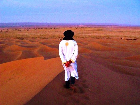 desert Chegaga departe ouarzazate circuit 2 jours. excursion 2 jours depart ouarzazate a chegaga, sejours a chagaga